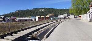 Pasando las vías del tren